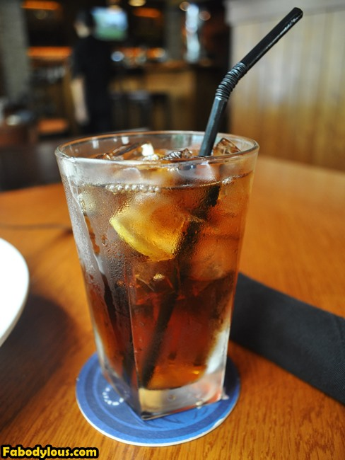 And to wash it all down, bottomless ice lemon tea.